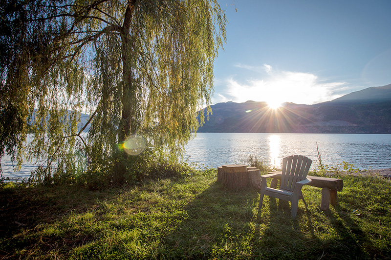 Light-Beckons-over-Kootenay-Lake